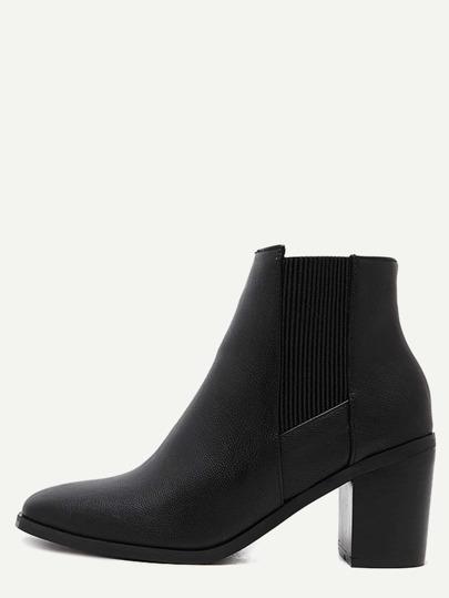 أحذية تشيلسي تو مربع أسود مرصوف بالحصى بو