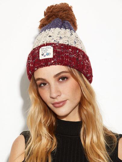 Bonnet tricoté appliqué avec pièce coloré et Pom-Pom - rouge
