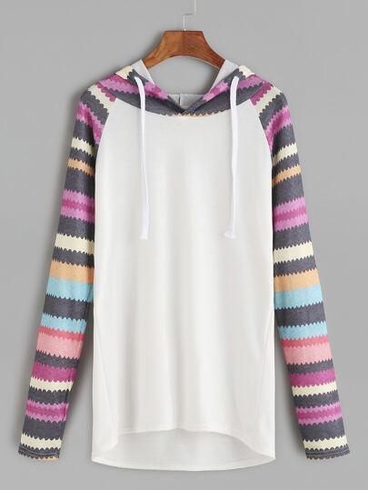 Contrast Printed Raglan Sleeve Hooded Dip Hem T-shirt