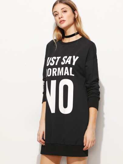 فستان نمط كنزة صوفية سوداء بطباعة حروف