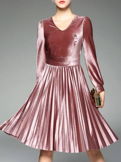 Pink V Neck Velvet Pleated A-Line Dress