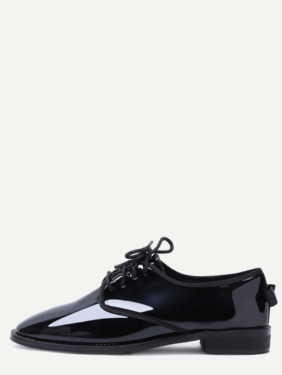 Oxfords en cuir verni à lacets -noir