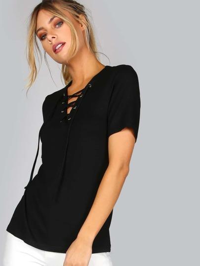 Camiseta escote V con cordón - negro