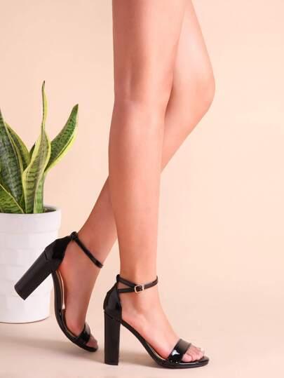Zapatillas de PU con tira en tobillo - negro