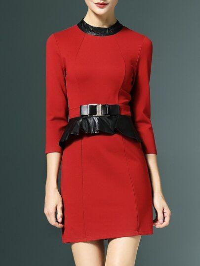 Robe de soirée contrasté en similicuir - rouge