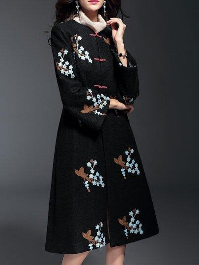 Schwarze Blumen gestickte lange Mantel