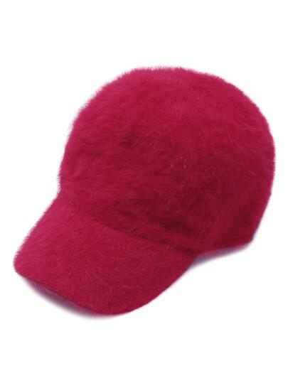 Красная пушистая тёплая бейсболка
