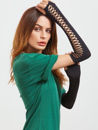 Чёрные модные перчатки с открытыми пальцами