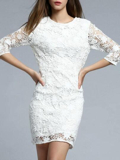 Weißes Häkelarbeit-hohles heraus Hüllen-Kleid