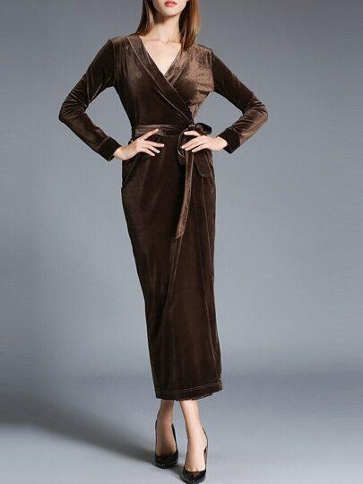 Kaffee-V Ansatz-Taillen-Samt-Hüllen-Kleid