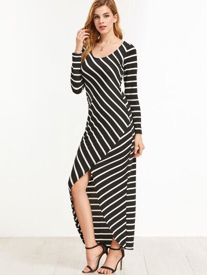 Чёрное полосатое платье с вырезом