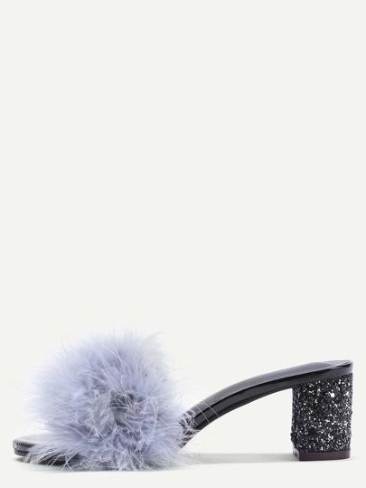 Pantuflas con plumas sintéticas - gris