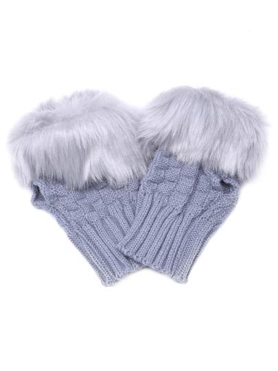 Светло-серые вязаные перчатки без пальцами
