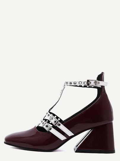 Zapatos de tacón cuadrado de charol con tira T - burdeos