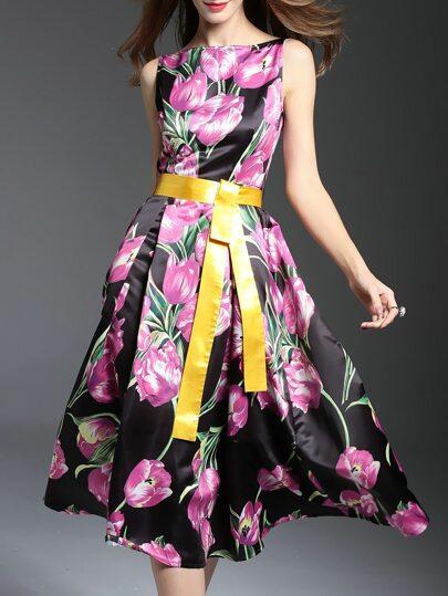 Vestido sin mangas con estampado floral y lazo en cintura - negro