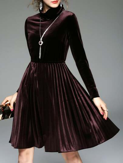Brown Collar Pleated Velvet Dress