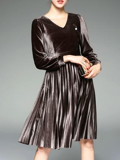 Brown mit V-Ausschnitt Velvet Plissee A-Line Kleid