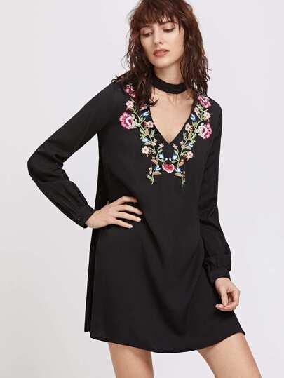 Black Embroidery V Neck Choker Long Sleeve Dress