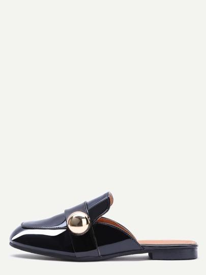 Schwarze Lackleder-Quadrat-Zehe-Hefterzufuhren