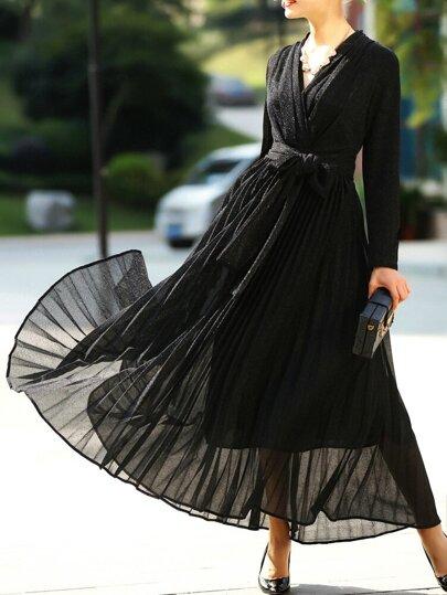 Vestido plisado línea A escote V - negro