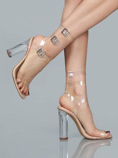 Sandales à talons avec deux lacets transparents nu