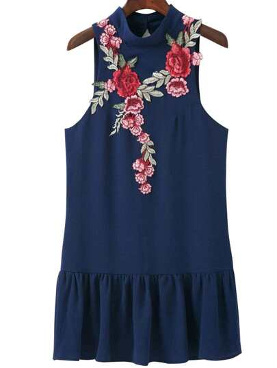 Maniche Ruffle Dress Navy ricamo floreale e schiena scoperta Hem
