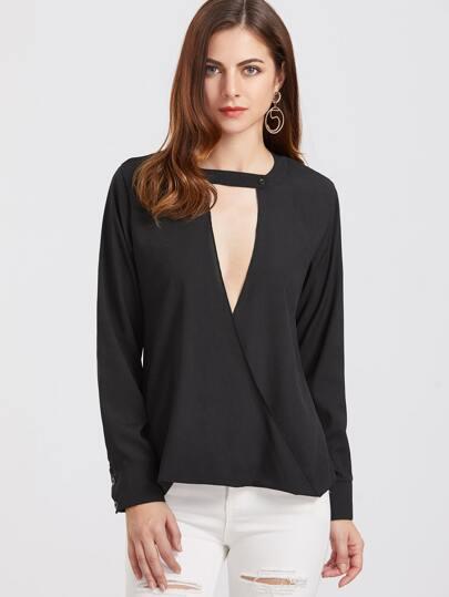 Schwarze tiefe V Ansatz-Verpackungs-Bluse