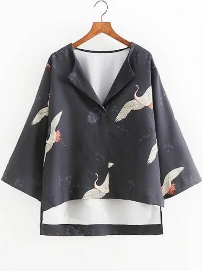 Чёрная асимметричная блуза с принтом