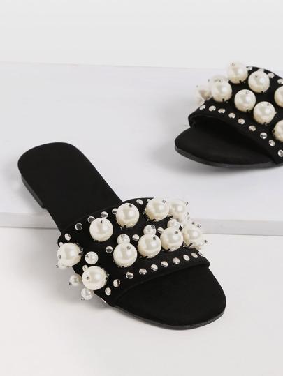 Pantuflas con perla de imitación y tachuelas - negro