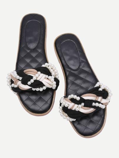 Chanclas con detalle de perla diseño trenzado - negro
