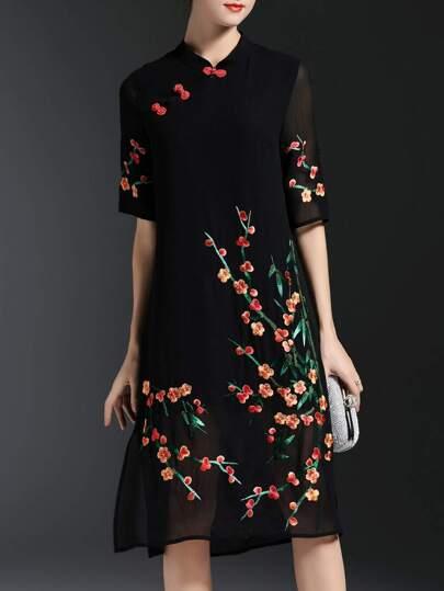 Black Flowers Embroidered Shift Split Dress