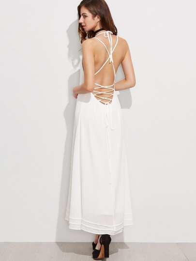 Robe longue à encolure en dentelle blanche