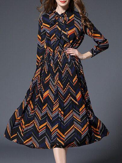 Color Block Tie Neck Pleated A-Line Dress