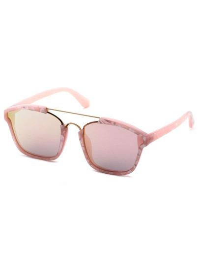 cadre double pont en or rose et lunettes de soleil