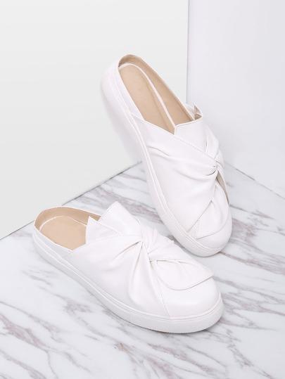 Weiße Faux-Leder-runde Zehe-Hefterzufuhren
