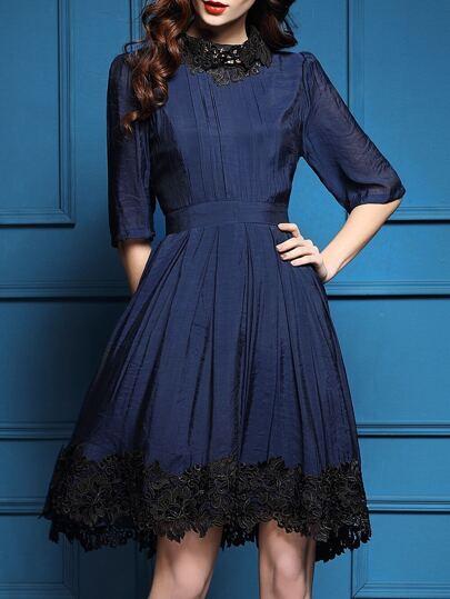 Тёмно-синее модное платье