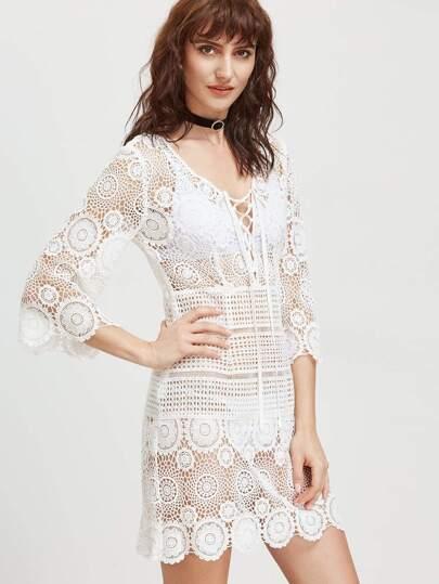 robe creux brodé de dentelle et de la dentelle au cou profond - blanc