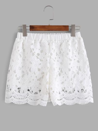 Weiße Shorts mit Häkelbesatz und elastischer Taille