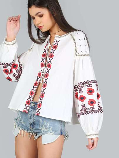 Floral Embroidered Peasant Top WHITE