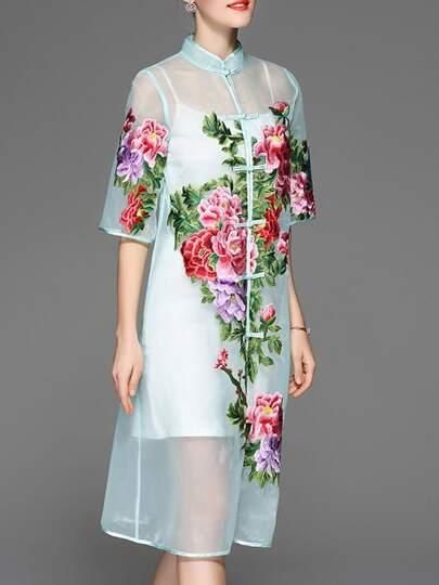 Transparentes Kleid mit Blumenstickereien - grün
