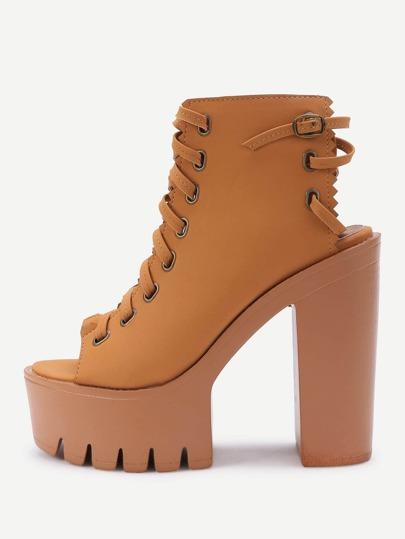 Sandali con tacco alto con laccetti