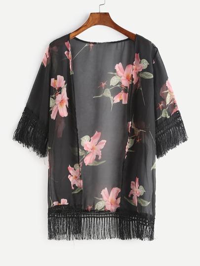 Kimono mousseline noir imprimé fleuri avec des franges