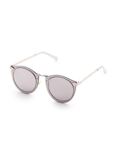 Gafas de sol con marcos dobles y lentes grises