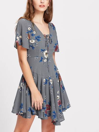 Flower Print Lace Up Plunge Neck Paneled Flowy Dress