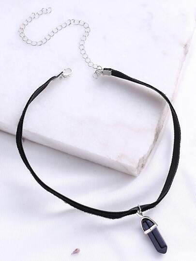 Collier pendentif en cristal noir