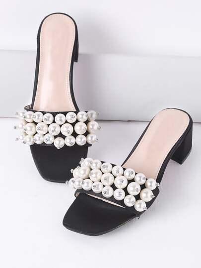 Sandalias de tacón grueso con perla de imitación - negro