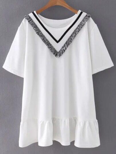 Vestido con estampado cheurón de ribete con flecos - blanco