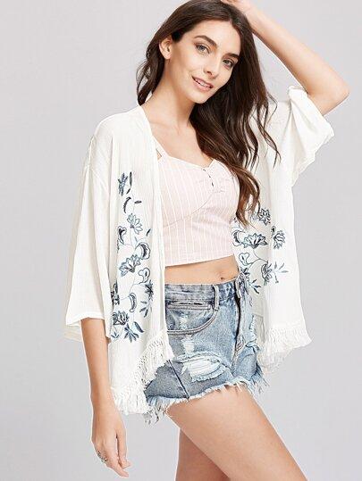 Kimono con bordado de flor ribete con flecos - blanco