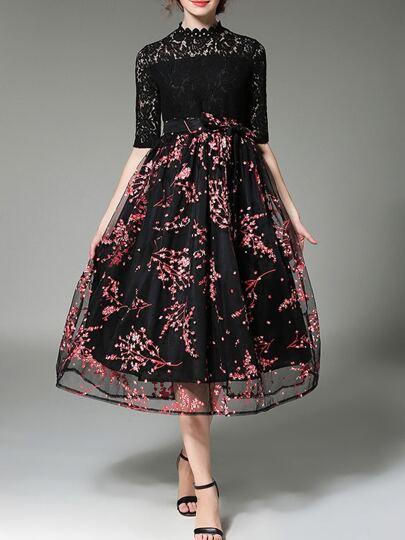 Vestido estampado de croché con encaje y tul transparente-negro y rojo