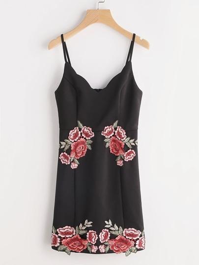 Vestido con bordado rosa - negro